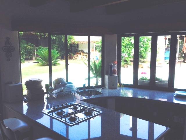676_kitchen 1 parrillero