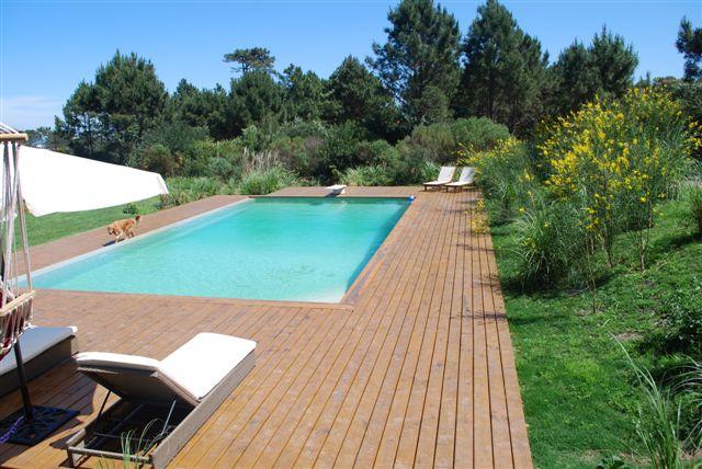 687_piscina