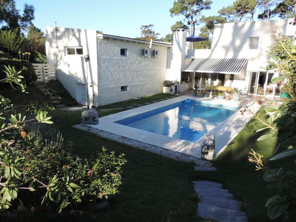 Impecable residencia cerca de playa, San Rafael, Punta del Este