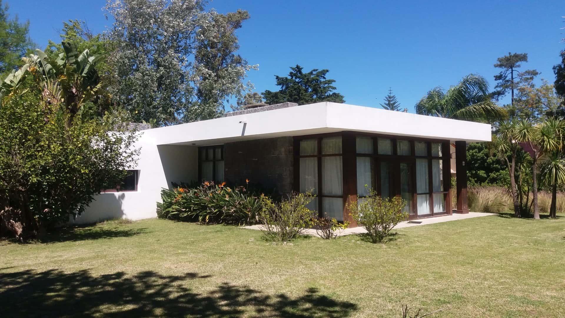 Moderner Bungalow in begehrter Wohngegend Naehe Mansastrand, Punta del Este