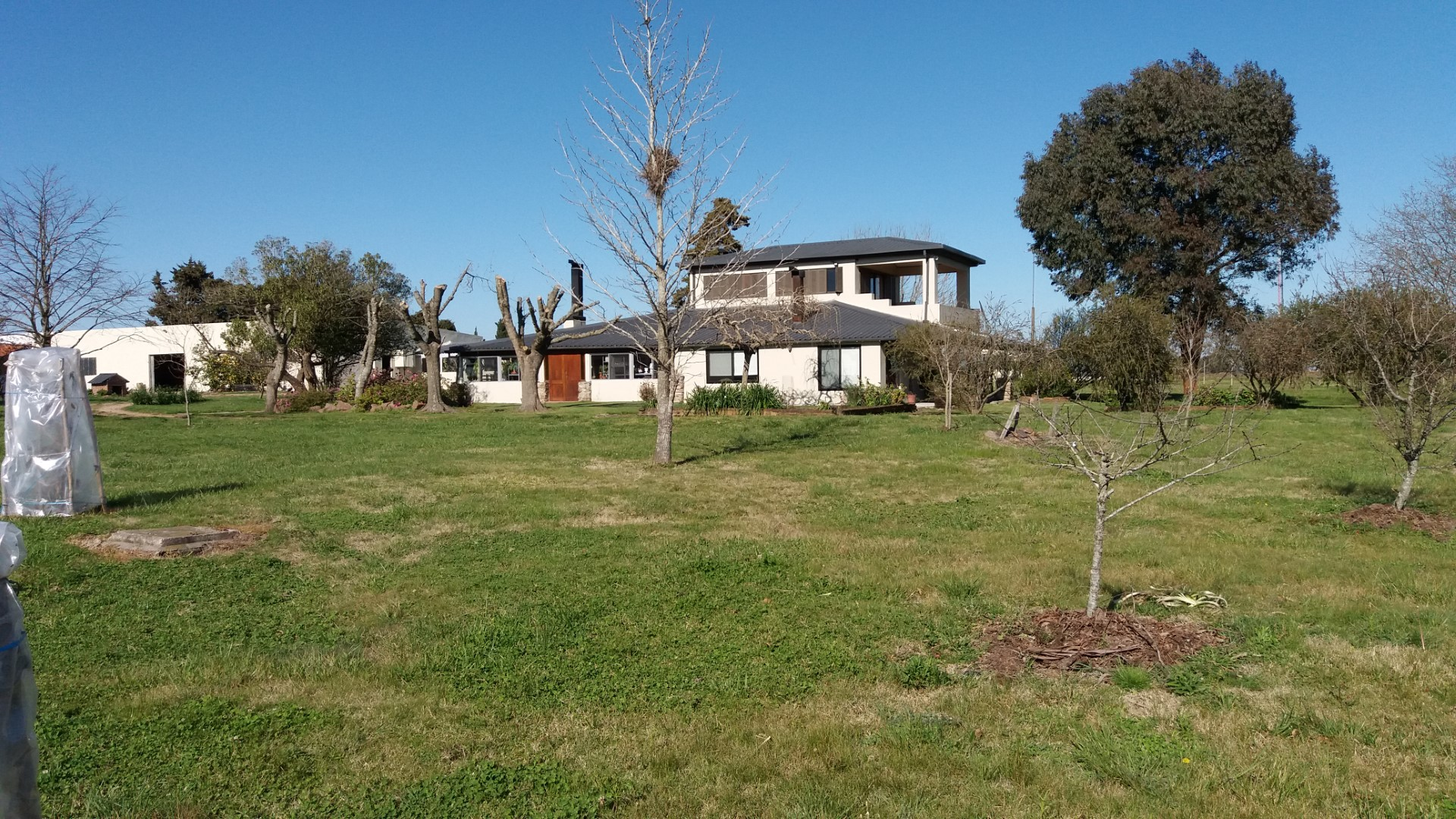 Delightful country home on 60 acres of land on the outskirts of Montevideo