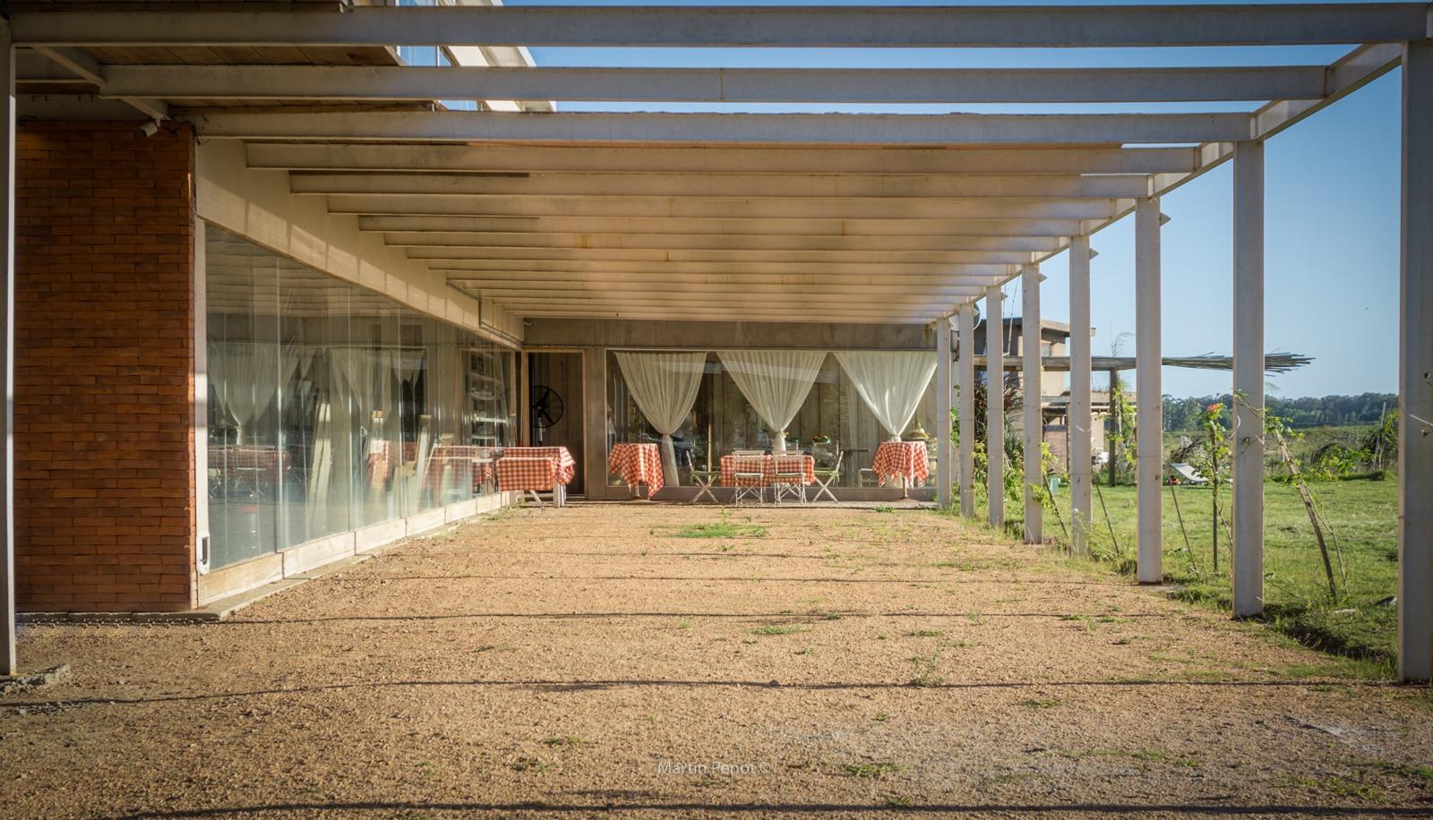 Casa nueva sobre Lago, la Barra