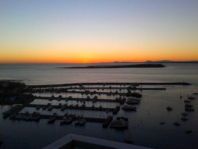 Gran apartamento con vista al puerto, Peninsula