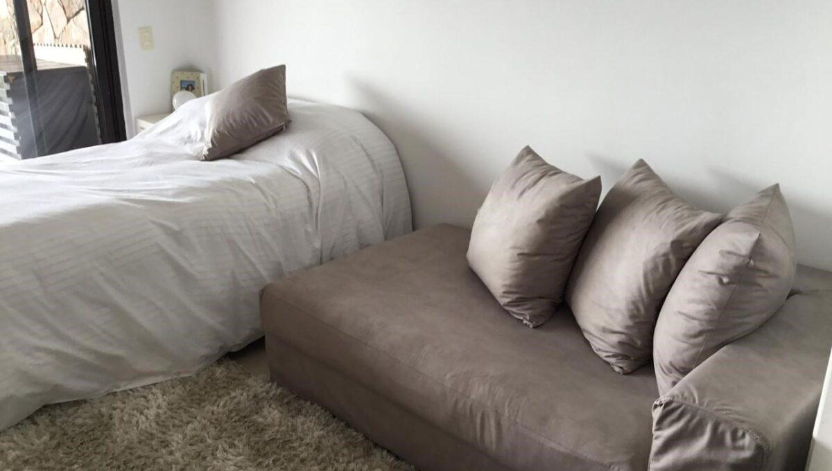 bed y sofa